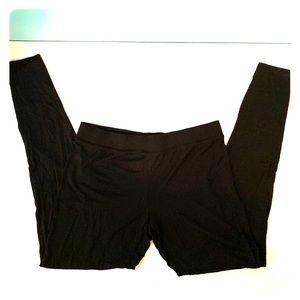 Super soft black leggings from Gap